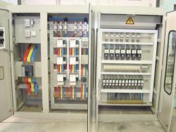 تولید و مونتاژ تابلوهای برق فشار قوی و فشار ضعیف